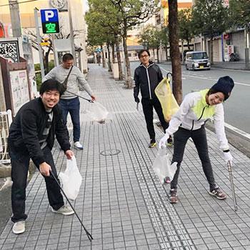 街をきれいにしながら地域の活性化につなげる!松阪駅前早朝清掃活動